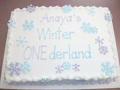 A snowflake cake for Wren...