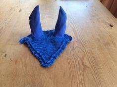 Vliegenmutsje Koningsblauw voor kleine pony