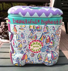 i love how it says kappa delta in the circle. i'd put gamma at the top phi smaller in the middle and beta at the bottom Alpha Xi Delta, Sigma Kappa, Theta, College Sorority, Sorority Life, Cooler Connection, Sorority Sugar, Cooler Painting, Frat Coolers