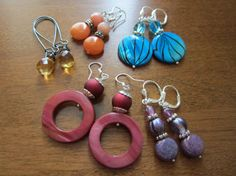 Hey, I found this really awesome Etsy listing at http://www.etsy.com/listing/123547455/lot-of-5-pairs-of-destash-earrings