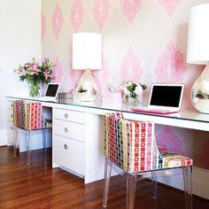 La designer Emily Griffin a converti un bureau en espace multifonctionnel.