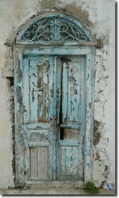 Trendy Old Door Entrance Entryway 24 Ideas Vintage Doors, Antique Doors, Rustic Doors, Wooden Doors, Entrance Doors, Doorway, When One Door Closes, Knobs And Knockers, Cool Doors