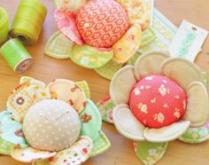 Pretty fabric Buttercup pincushion.  Instructions on how to make.