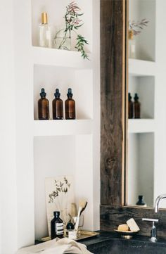4 Steps to Registry Success with Zola Bathroom Renos, Basement Bathroom, Bathroom Inspo, Dream Bathrooms, Luxury Bathrooms, Home Modern, Medicine Cabinet Mirror, Built In Shelves, Wall Treatments