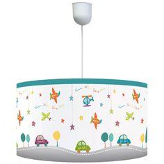 La suspension P'tits Pilotes par Titoutam éclairera la chambre de votre enfant en plus d'apporter une décoration colorée.