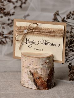 Place cards will be a wonderful welcome to your wedding guests which easily allow them to find their places. Wedding Places, Wedding Place Cards, Wedding Table, Rustic Wedding, Rustic Place Card Holders, Rustic Place Cards, Diy Wedding Favors, Wedding Decorations, Wedding Souvenir