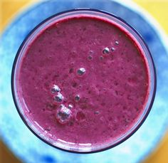 Brilliantly Beet Smoothie: quick and easy way to get your veggies! Fruity sweet flavor so no one will know! Smoothies For Kids, Apple Smoothies, Vegan Smoothies, Beet Smoothie, Smoothie Drinks, Smoothie Recipes, Gluten Free Diet, Dairy Free Recipes, Raw Food Recipes