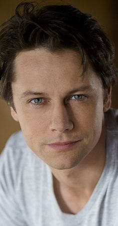 Pictures & Photos of Leon Ockenden - IMDb
