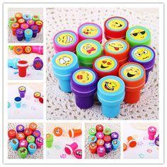 6 UNIDS Sellos de tinta Kids Party toy Favores Fuentes del Acontecimiento para Niño Niña Bolsa de Regalos Regalo de Cumpleaños Piñata rellenos de Escritorio de la Diversión