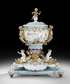 Porcelain Punch Pot in the Meissen Inspiration