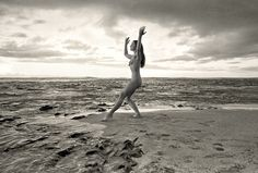 http://www.huffingtonpost.com/entry/taylor-camp-hippies-kauai_us_55b090b5e4b08f57d5d3b0d5