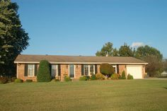 64 Peachtree Circle, Campbellsville, KY  42718 - Pinned from www.coldwellbanker.com