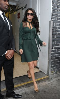 Selena Gomez wears Valentino while in London. September 24, 2015.