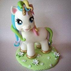Pony Porcelana Fría
