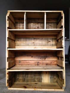 Awesome #Pallet #Bookcase! #Rustic/Modern, Love it! #Furniture, #homedecor