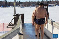 Avantouinti © Jari Ratilainen, 2013 Finland, Swimming, Winter, Men