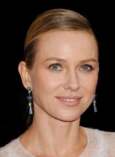Naomi Watts, Disaster Film, Mulholland Drive, David Lynch, King Kong, Diamond Earrings, Actresses, Female Actresses, Diamond Drop Earrings