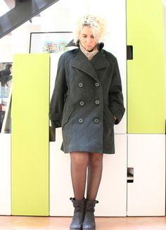 Compra il mio articolo su #vinted http://www.vinted.it/abbigliamento-da-donna/cappotti-invernali/35174-cappotto-verde-vintage-doppio-petto