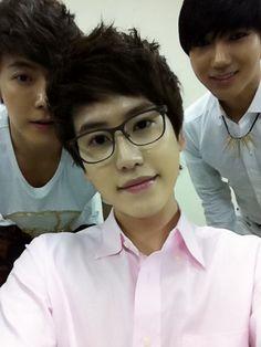 Donghae + Kyuhyun + Yesung (SUPER JUNIOR)