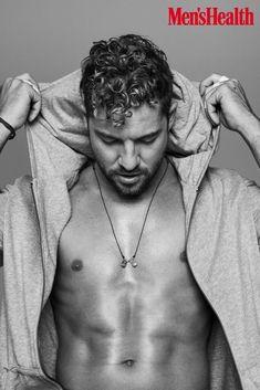 David Bisbal (@davidbisbal) | Twitter Hair Type, Gorgeous Hair, Beautiful Men, David, Ricky Martin, Sexy Men, Sexy Guys, Youtubers, Hairstyle Man
