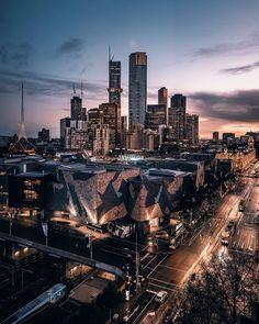 Melbourne Laneways, Melbourne Art, Melbourne Breakfast, Alpine Village, Plant Crafts, Melbourne Victoria, Spring Nature, Australian Art, Rooftop Bar