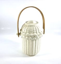 Excited to share this item from my shop: Retired Partylite Bisque Nantucket Basket - Tealight Holder Vintage Shabby Chic, Vintage Home Decor, Antique Items, Vintage Items, Nantucket Baskets, Vintage Candles, Vintage Easter, Tea Light Holder, Tea Lights