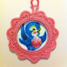 cadre au crochet + dessin aquarelle oiseau bleu Crochet frame and bluebird watercolor drawing