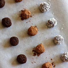 Raw Chocolate Energy Bites