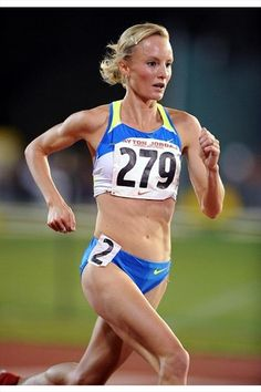 Shalane Flanagan - American record holder in the 3000 m, 5000m, 10,000 m. Born to Run - I think so!