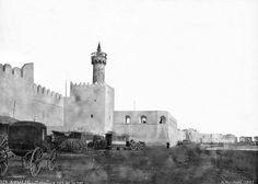 Sousse Remparts Minaret et calèches sous les remparts 1887 Mount Rushmore, Mountains, Nature, Travel, Dolphins, Places To Visit, Viajes, Naturaleza, Destinations