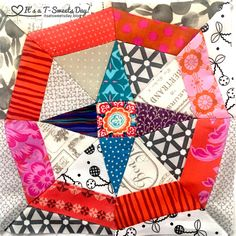 Delilah Quilt by Jen Kingwell.   In Orbit Quilt Block with Y-Seams