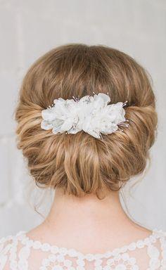 Bridal Comb, Wedding Comb, Flower Comb, Bridal Headpiece, Chiffon Flower, Wedding Hair Clip by Leteria on Etsy