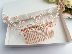 Hair Comb Wedding, Wedding Hair Pieces, Hair Combs, Wedding Hairstyles, Pearls, Trending Outfits, Unique Jewelry, Bracelets, Handmade Gifts