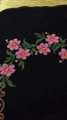 Diy Crafts Hacks, Baby Knitting Patterns, Cross Stitch, Embroidery, Flowers, Cross Stitch Designs, Hand Embroidery Stitches, Cross Stitch Embroidery, Dots