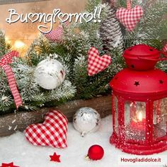 Best Marvelous Winter Christmas Decoration Ideas For Your Home Entering December, winter Christmas decorations usually almost every home begins to prepare to welcome Christmas. Are you thinking of ways to get peop. Christmas Hearts, Christmas Lanterns, Merry Christmas Card, Christmas Love, Country Christmas, Winter Christmas, Christmas Decorations, Holiday Decor, Winter Holidays
