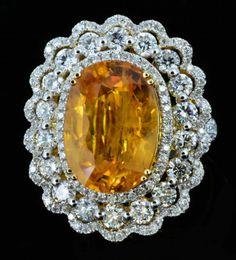 18K Gold, 10.18CT Sapphire & 2.19CT Diamond Ring : Lot 42
