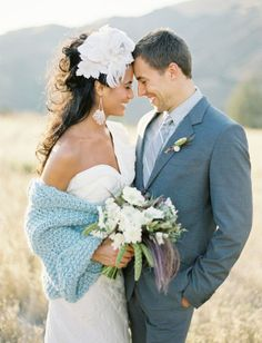 """7 CREATIVE WAYS TO INCORPORATE """"SOMETHING BLUE"""" ON YOUR WEDDING DAY"""