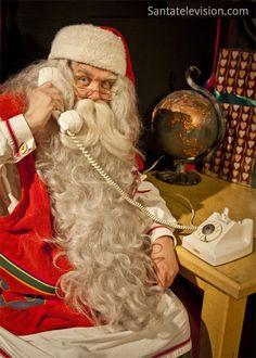 Papai Noel muito atarefado, antes do Natal