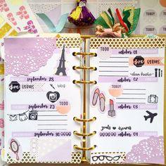1st week in my Planners&Journals October PnJplannerkit. Love how the crisp black ink pops in my lavender loving spread.  | @lionachinky
