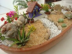 Miniature succulent garden, a lovely spot for fairies Succulent Gardening, Garden Terrarium, Succulent Terrarium, Terrariums, Succulents Garden, Container Gardening, Mini Fairy Garden, Fairy Garden Houses, Gnome Garden