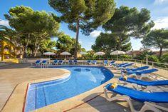 Iberostar Club Cala Barca Hotel - Cala Mondrago, - read customer reviews and book the Iberostar Club Cala Barca hotel.