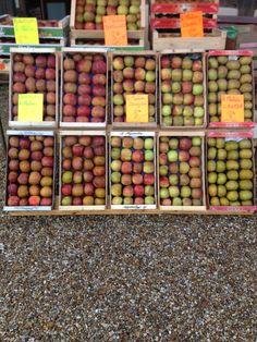 Apple market, Sainte-Opportune-la-Mare  http://www.facebook.com/chaumierelesiris