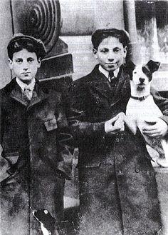 Groucho & Harpo Marx