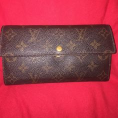 Authentic Louis Vuitton Monogram Wallet Authentic Louis Vuitton Monogram Sarah Bifold Long Wallet !!! Made in [France]  Serial Number [TH0045] Material [PVC, Leather]   Size (cm) : W [19.0] / D [2.5] / H [10.0] *damage is noticeable rubbing marks and scratches, stains, rubbing corner, plating peeling and scratches on the metal, stain, losing shape Inside !! rubbing marks and scratches, stains, stains (inside coin space), dents, stain, plating peeling and scratches on the metal Louis Vuitton…