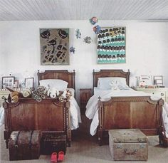 Habitually Chic®: India Hicks boys' room