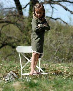 bySASH / TEPLÁKOVÉ ŠATY s dlhým rukávom, khaki Garden Sculpture, Outdoor Decor