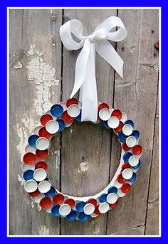 Our family attic.: Red - White - Blue of July Bottle Cap Wreath - recycle,. Our family attic.: Red - White - Blue of July Bottle Cap Wreath - recycle, reuse, repurpose Patriotic Wreath, Patriotic Crafts, July Crafts, 4th Of July Wreath, Holiday Crafts, Patriotic Party, 4. Juli Party, 4th Of July Party, Fourth Of July