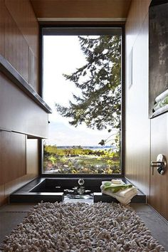 Michelle - Blog #Bathtub with a #View Fonte : http://decoholic.org/2012/05/28/15-breathtaking-bathrooms-with-a-view/