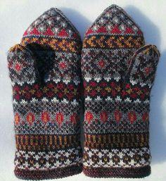 Knit Mittens, Knitted Gloves, Knitting Socks, Hand Knitting, Wrist Warmers, Hand Warmers, Fair Isle Knitting Patterns, Crochet Patterns, Yarn Inspiration
