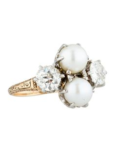 The most amazing ring! I absolutely LOVE this! Vintage Diamond Pearl Ring 1.25ctw